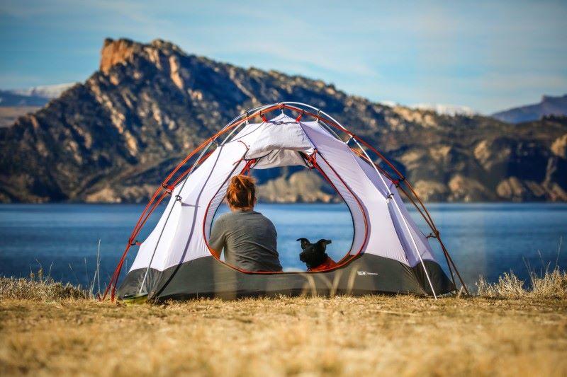 Lều du lịch Naturehike màu trắng